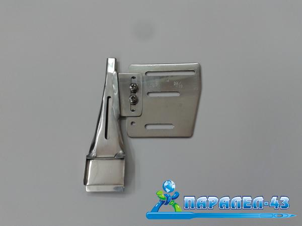Belt loop attachment for double needle sewing machines